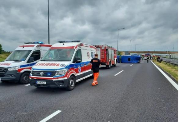 У Польщі в ДТП потрапив автобус із українцями: є постраждалі
